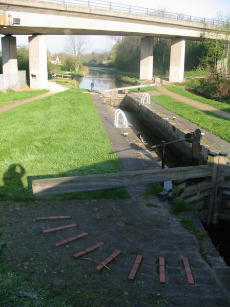 Haggonfield Lock and A57 bridge on Chesterfield Canal
