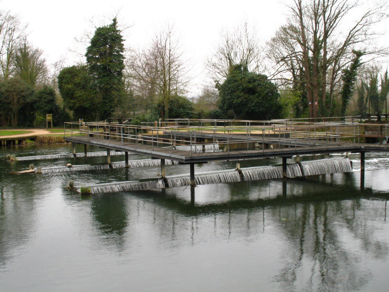Dobb's Weir, River Lee Navigation, Hoddesdon